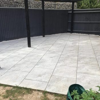 Porcelain patio in Brentwood
