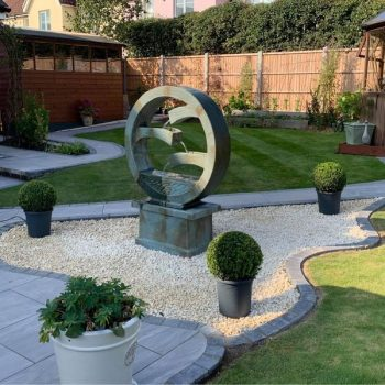 Patio with water feature, Brentwood, Essex